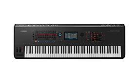 Yamaha Montage 8 Synthesizer Svart